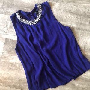 Windsor Boutique Blouse w/ Embellished Neckline 💙